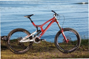 santa-cruz-carbon-v10-downhill-mountainbike